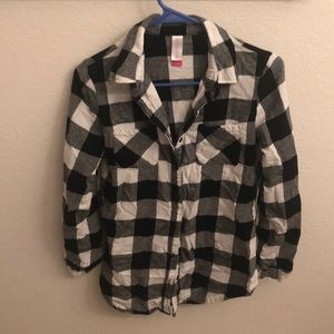 Tops - Black and white checkered flannel